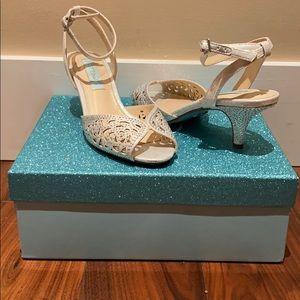 Betsy Johnson Raven Silver Kitten heels